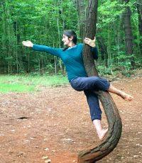 IMG_1974 - sandra and curvy tree